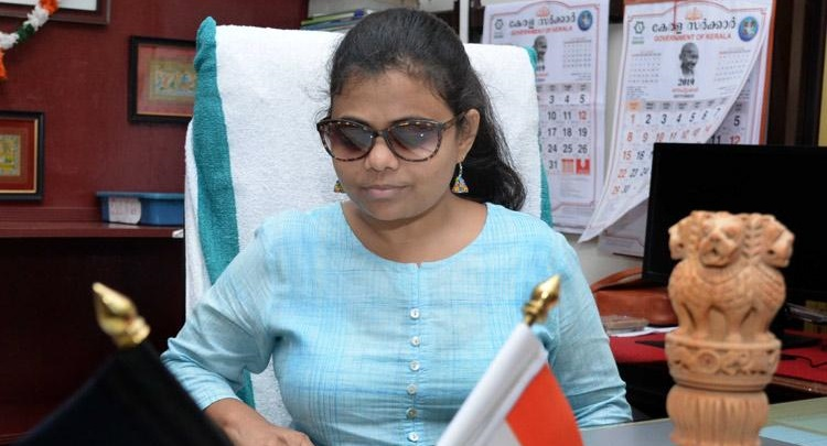 meet-pranjal-patil-the-nations-first-visually-impaired-ias-officer